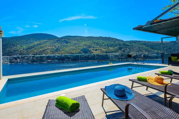 Apartment with pool near Dubrovnik - Mokošica - 公寓