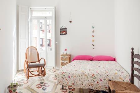 Encantador y luminoso junto a las Torres de Quart - València - Apartemen