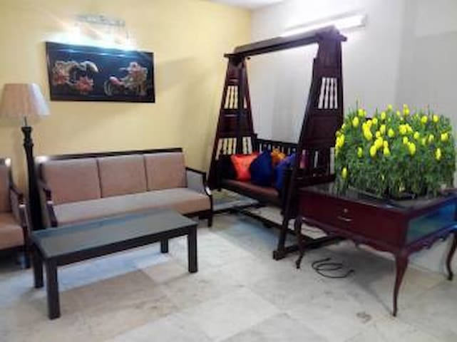 Fully Furnished Apartment @ Gulshan 1, Niketon