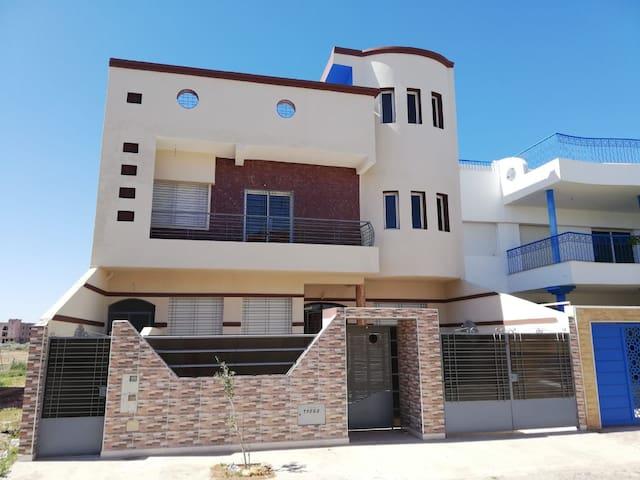 Appartement spacieux propre et trs calme a Saidia