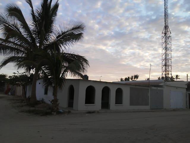 Casa Hospedaje Camacho