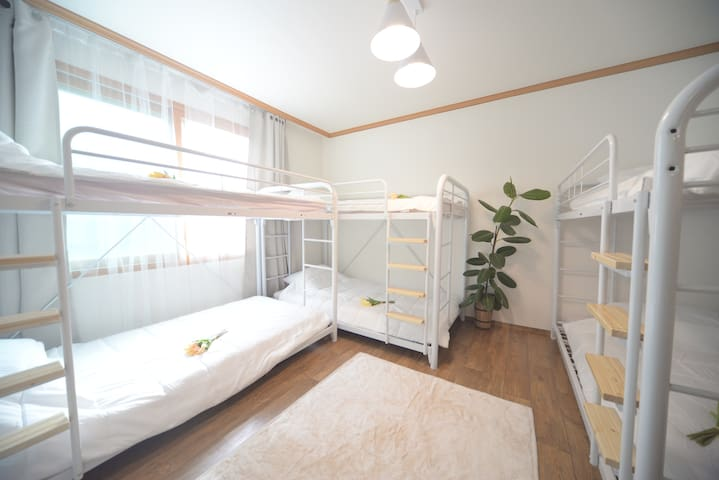 Helloworld House F # Only female # Dormitory