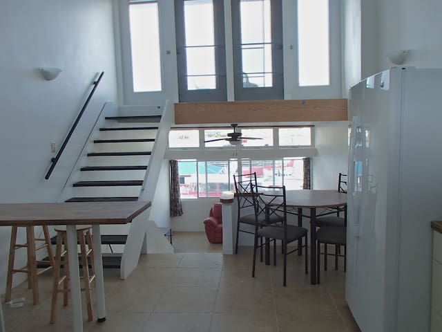 Waterfront Executive Townhouse - Road Town - บ้าน