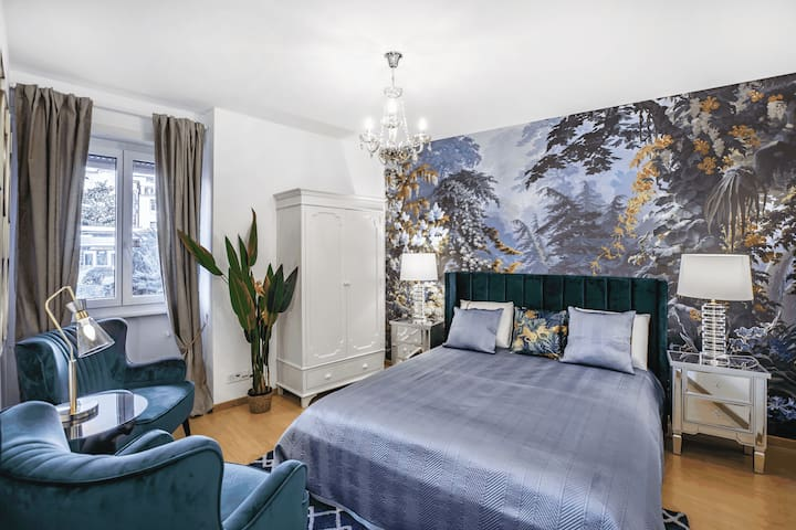 Oasis 2 bedroom apartment in Montreux centre