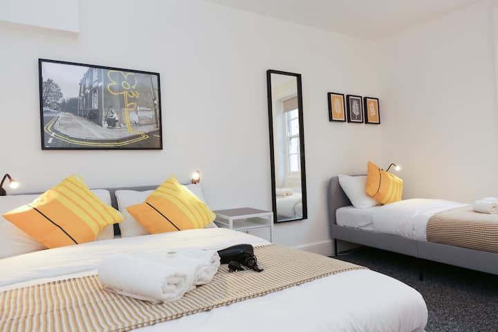 75% DISCOUNT Stunning space in Camden Town, London