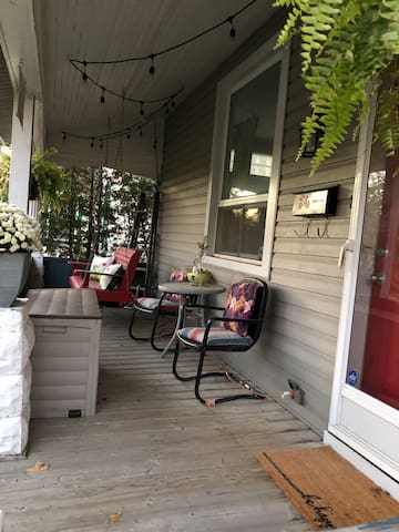Front Porch (shared)