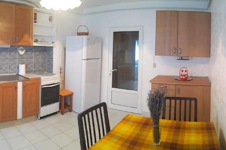 Fresh and Clean 3 Room Apartament