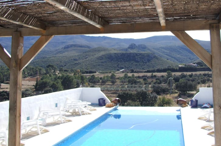 Casa Azahara Valencia, City & the Sea:  Sleeps 16
