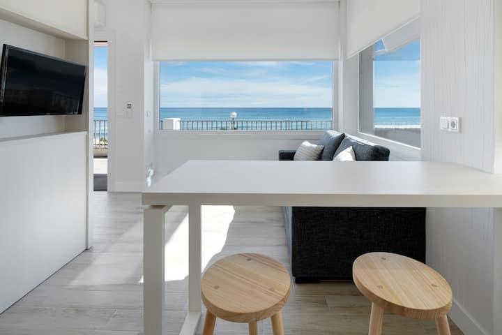 EGONA Mollarri - 1ª línea de playa, vistas de lujo