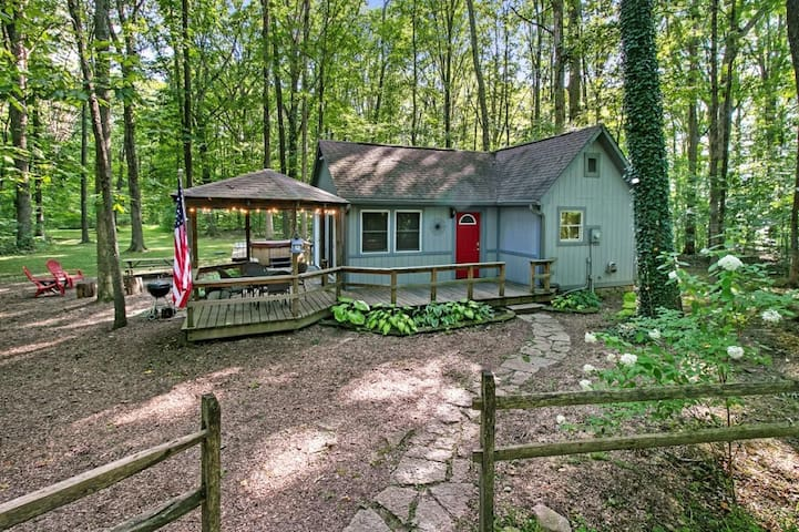 Secluded and Romantic getaway in beautiful Brown County Indiana