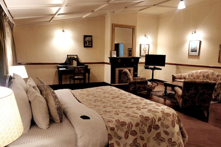 Heritage Stay in The Picturesque Shimla