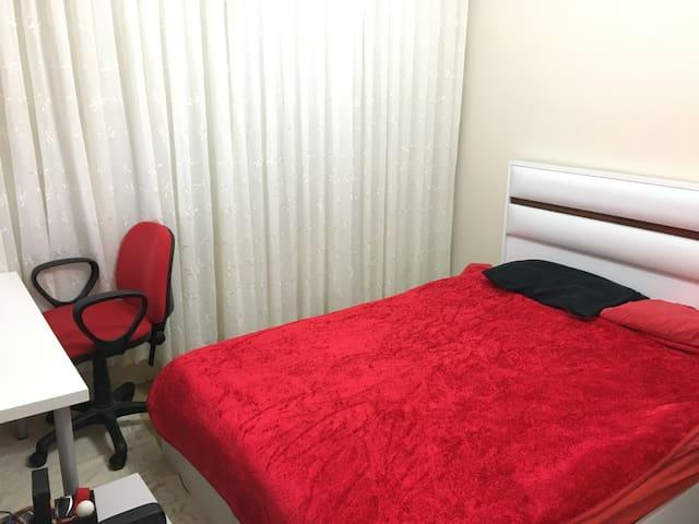 Twin Bed Room in Beşiktaş