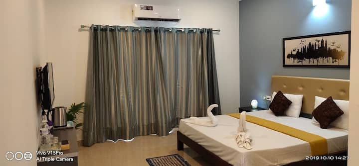 Deluxe rooms available at GVR Greenview Morjim.
