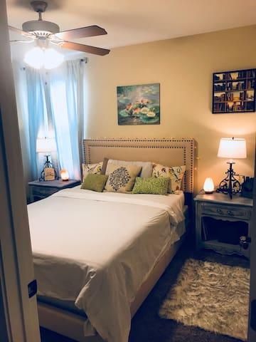 CLEAN, COZY, COMFORTABLE Bedroom #1