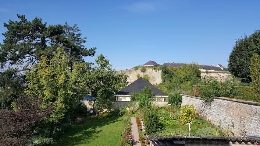 "SEDAN - Château fort   ""Cocooning"""