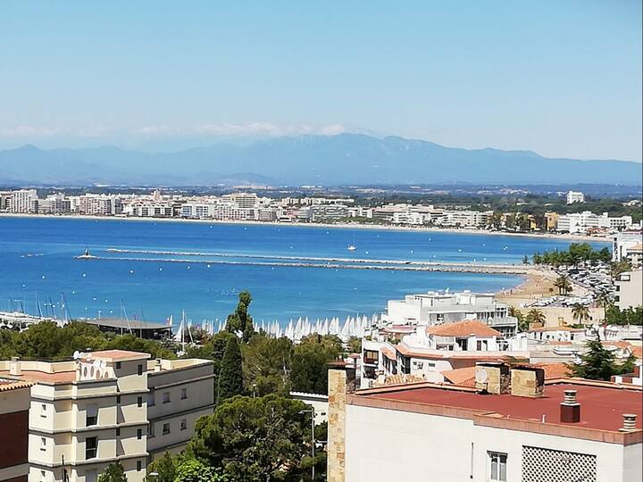 AB5-Nice 1 bedroom apartment with sea view, parking and pool