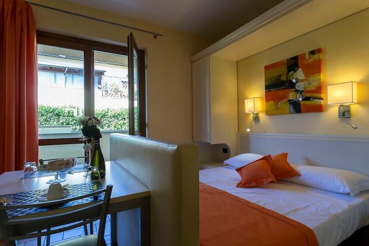 Borgo Castel Savelli Appartamento Standard - Grottaferrata - Apartamento