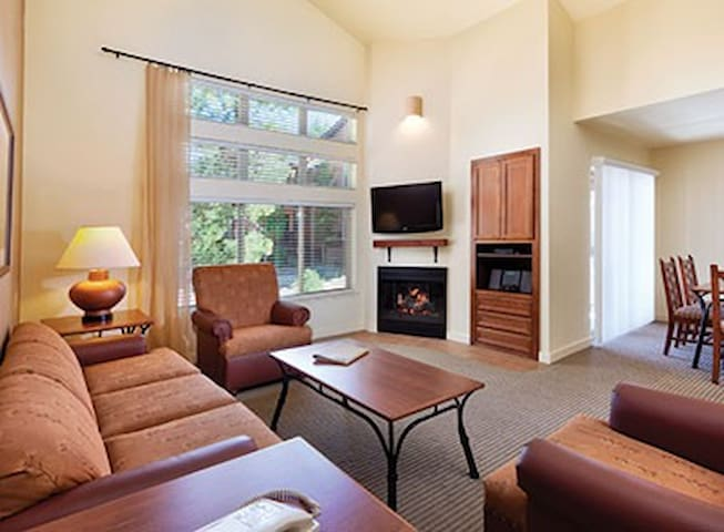 2BR South Lake Tahoe #2 sleeps 6 - Zephyr Cove-Round Hill Village - Apartament