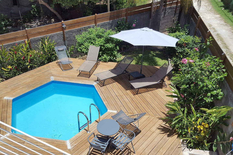 piscine privée accessible par le client uniquement à partir de 16h00
