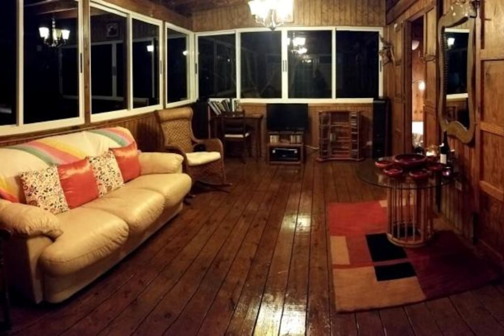 Night view of the living room