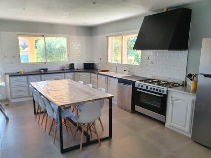 Maison Provençale Familiale