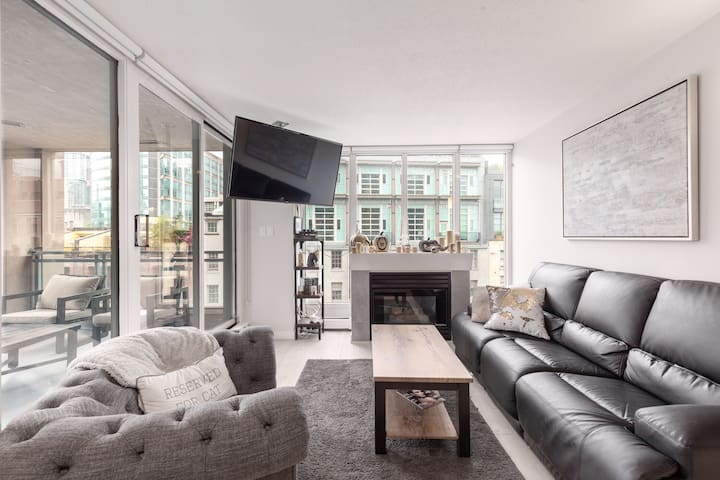 Apartment in the heart of downtown Vancouver