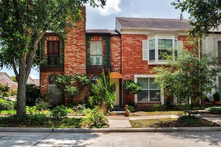 Elegant 3BR Seabrook House - Seabrook