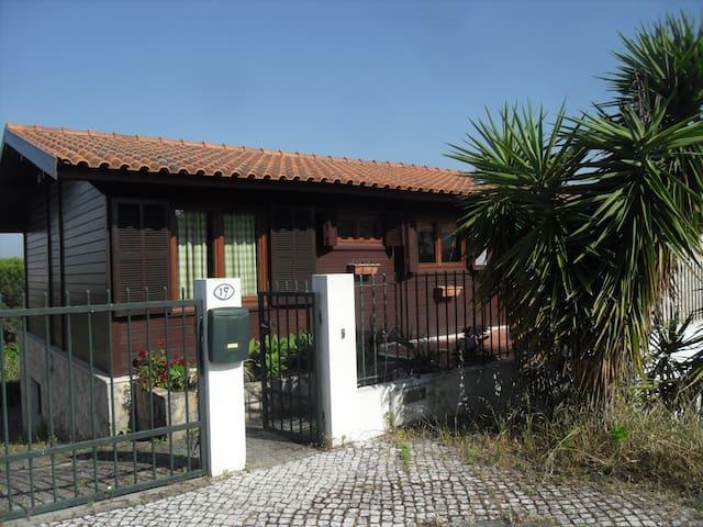 Wooden house in Leiria - Leiria - Casa