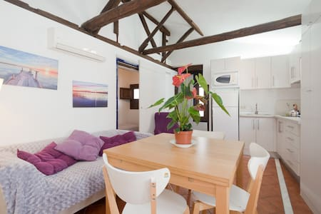 Cute apartment Teashop streets!