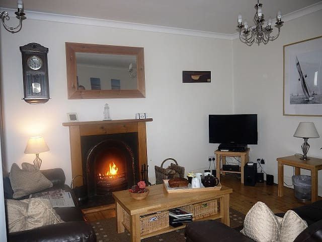 Cardy Cottage Living Room