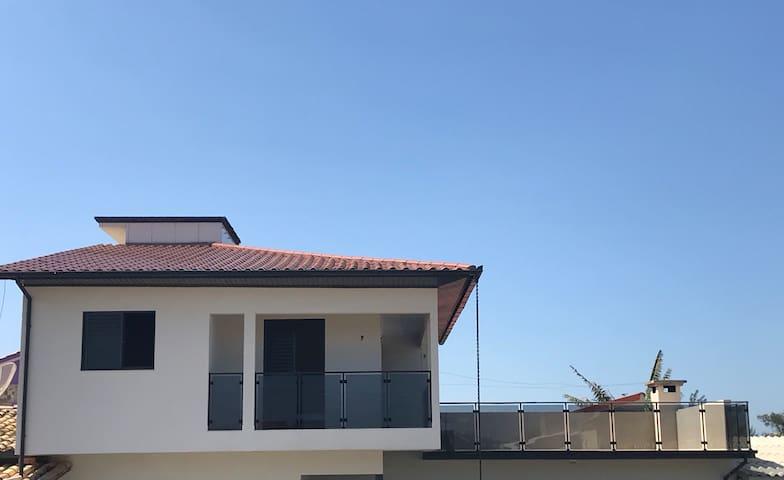 Apartamento Balneário Esplanada. 100m da praia.