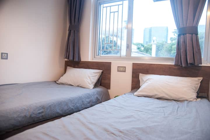 Twin Bed 1Min-MTR@TST, Refreshing + Convenience!