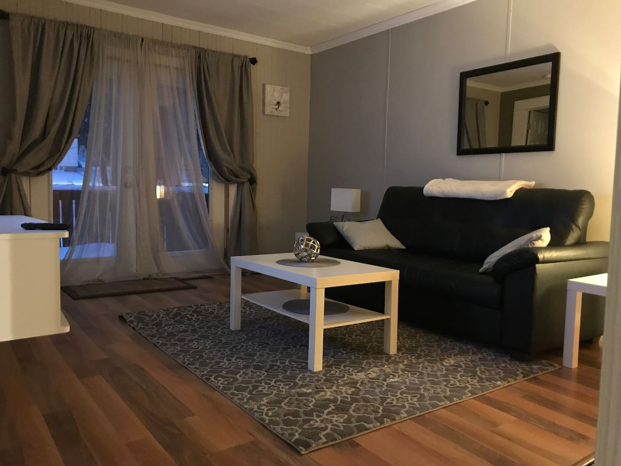 """Living room with Netflix and a 39"""" smart tv great place to relax"""