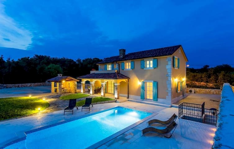 Luxury Villa Kras