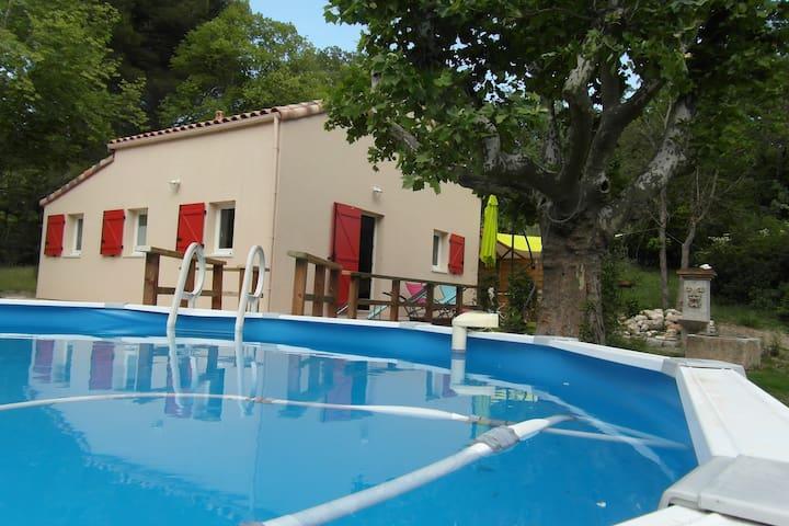 Maison  au calme pour 4 personnes 3 km d'Aix