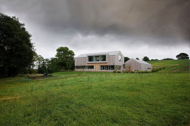 Modern wooden house in the countryside near Aarhus - Odder - Casa