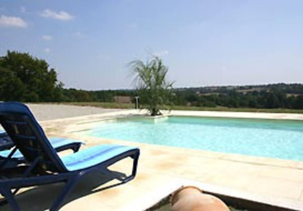 piscine du COTEAU 10 personnes 5 chambres