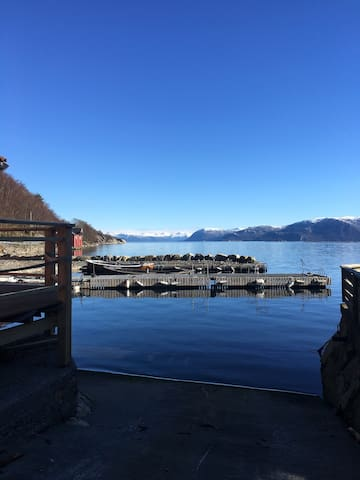 Hytter ved Sognefjorden Max 6 pers. Min 5 nights.