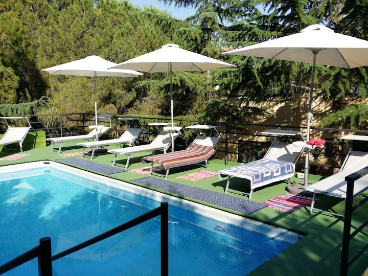 Studio in Modica, with shared pool, furnished terrace and WiFi - 20 km from the beach