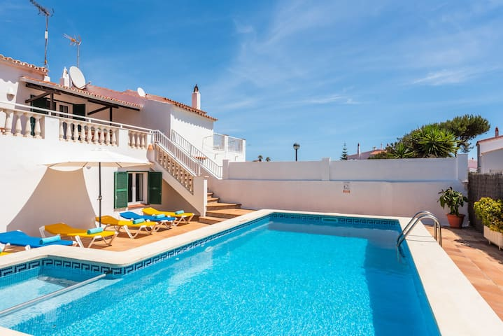 ★Villa Miguels★ beach★private pool★free AC&Wifi★