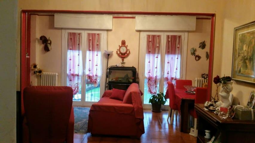 Armadio Ante Scorrevoli Lombardia.Casa Bau Apartments For Rent In Milano Lombardia Italy