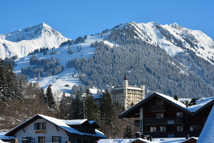 Luxury 3-bedroom-apartment in the centre of Gstaad