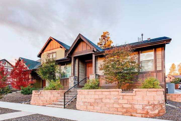 Flagstaff Retreat with Garage  Near Arboretum