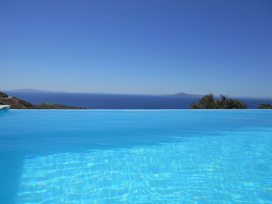 View to the sea from the swimming pool