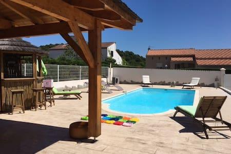 villa avec piscine - Appietto