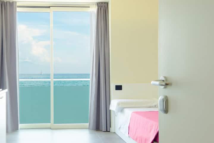 Garda Rooms - una finestra sul lago! Room 2