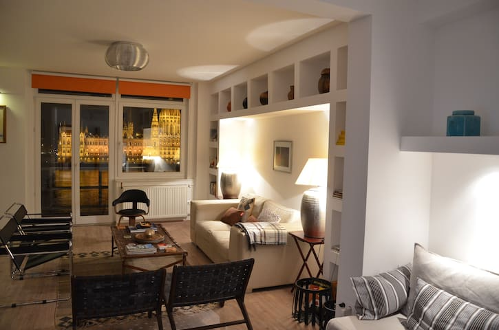 Beautiful flat with Parliament view - Budapeszt - Apartament