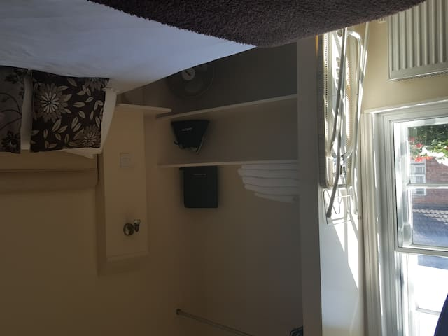 Double room-Standard-Ensuite with Shower-Street View-Room 6