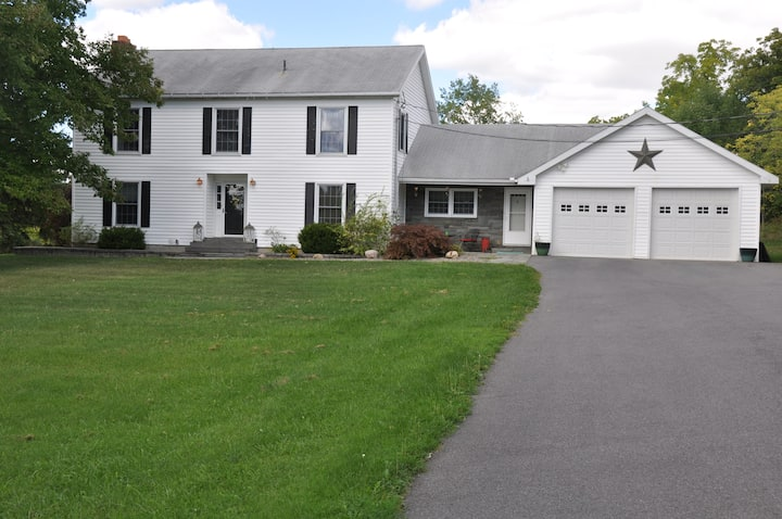 Lansing Home Close to Cornell and Ithaca College