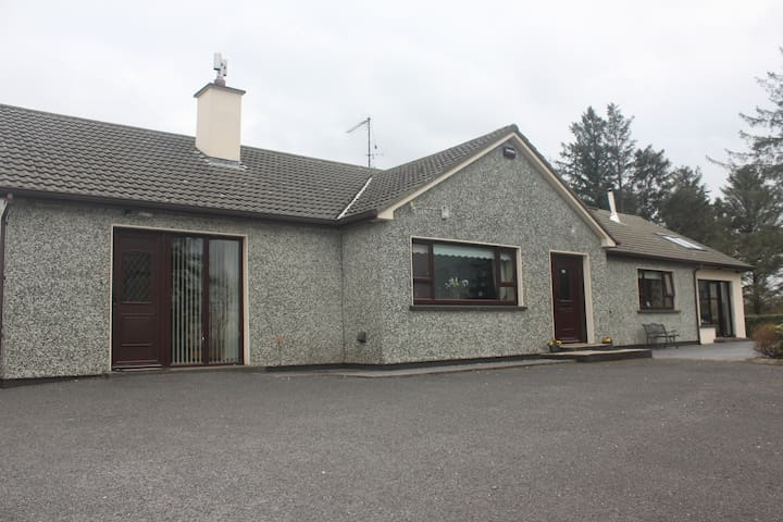 Self-catering apartment, Mountcharles, Co Donegal - County Donegal - Apartment